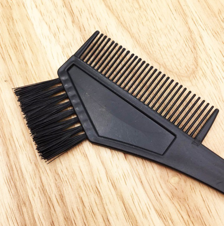 Hair and Scalp Applicator Brush Comb